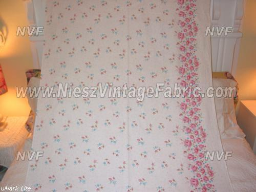 Pink Rose and Daisy Border Print