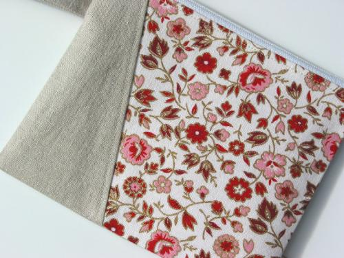 Pink and Red 50's Fabric Wristlet