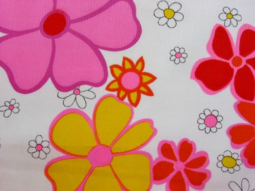 70's Flower Power Daisy Hawaiian Textiles